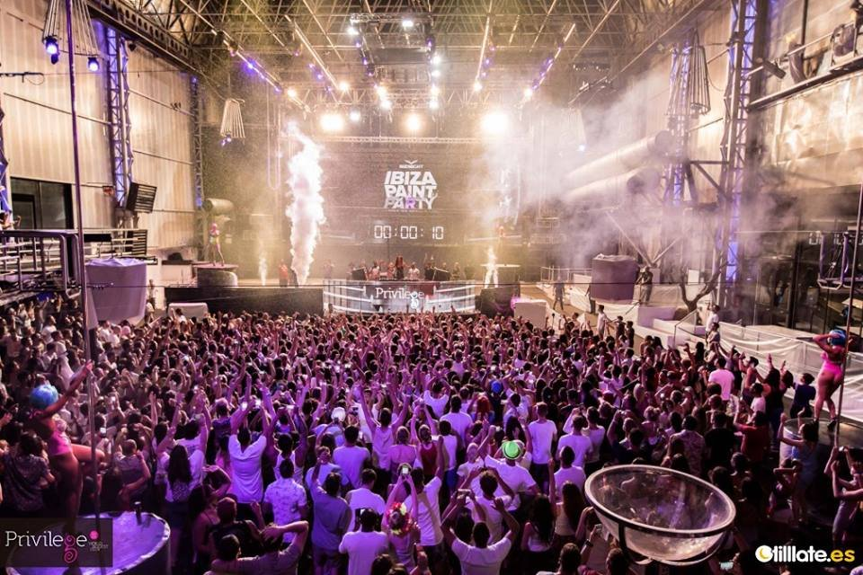 Calendar Ibiza June : Review ibiza paint party at privilege june