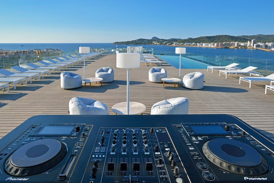 Best Rooftop Bars On Ibiza Ibiza Spotlight