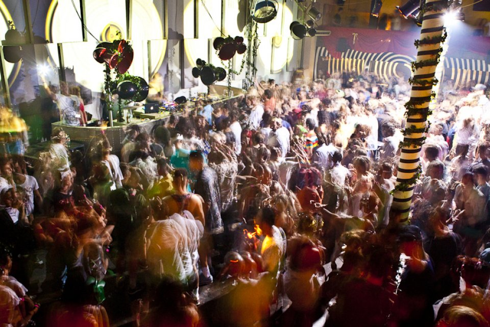 Review: Full on Ferry at Sankeys - My Ibiza