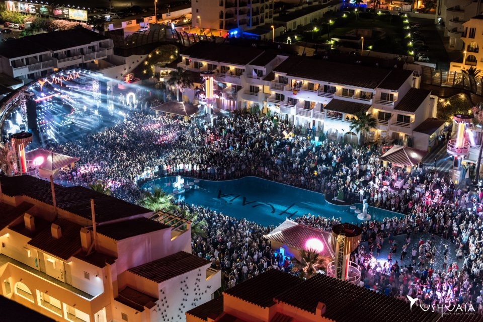 Ushuaïa Ibiza Beach Hotel Has Been A Shining Star In Playa D En Bossa Since Its Opening 2017 Located On The Main Promenade This Offers
