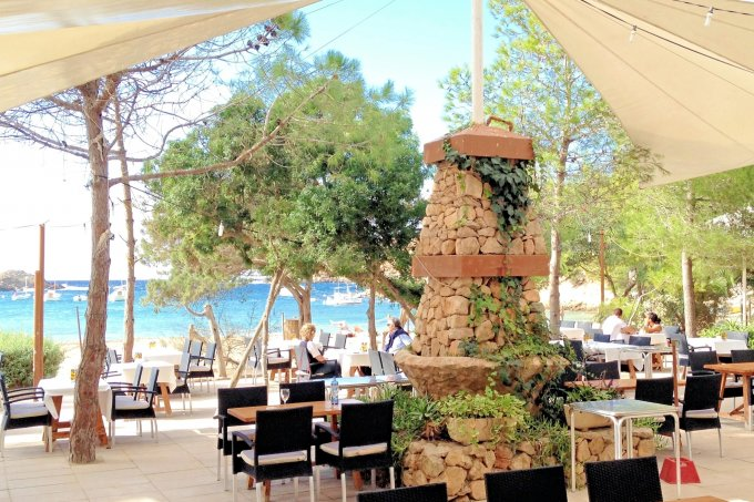 Can Jaume Restaurant, Cala Vadella Outdoor area