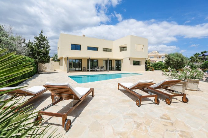 Can Nebot villa near Playa d'en Bossa, Ibiza