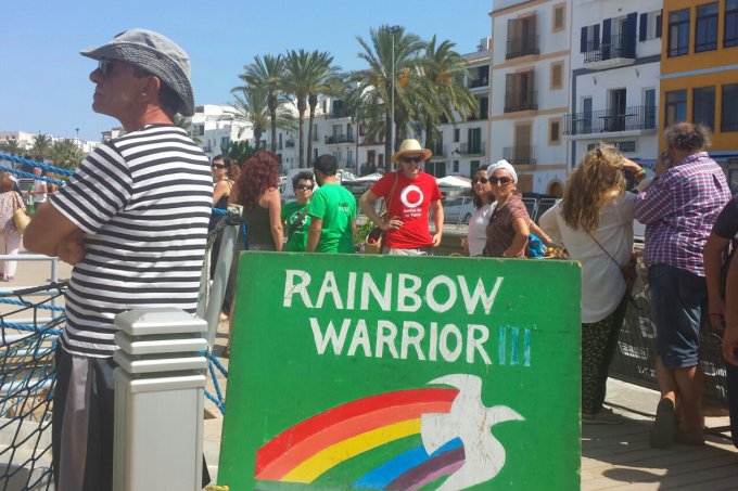 The arrival of The Rainbow Warrior by Jane C