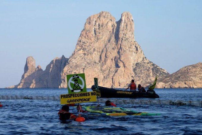 Greenpeace oil rig protest at Es Vedra, Ibiza by Greenpeace